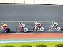 自転車競技 成年男子  茨城選抜(左から2人目)